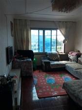 老公安局宿舍五楼94平3室1厅1卫29.8万元