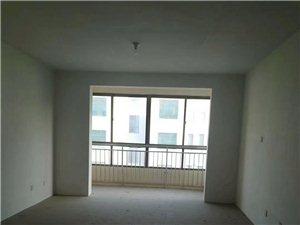 凤凰山庄3室2厅2卫128万元