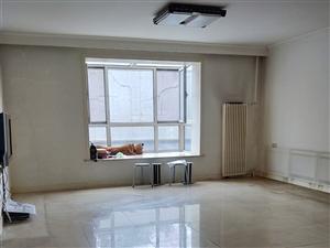 高塔3室1厅2卫350万元