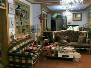 王府小区3室2厅1卫58万元
