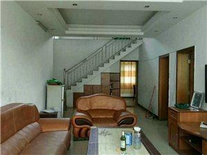 大同巷3室2厅2卫1200元/月
