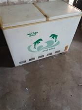 出售奥柯玛冰柜一台,一半冷藏,一半冷冻,需要的朋友15053447315