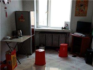 民生大世界地质队家属楼厢楼2室1厅1卫500元/月