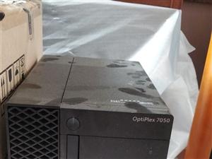 出自用Dell电脑一套,参数请看图,主机显示器可单独出售,有意者请与我联系