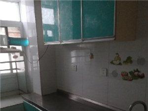 信阳市造纸厂家属院5楼2室1厅1卫600元/月