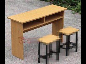 培训班桌子9成新,低价处理,黔江城区自提,需要朋友联系13068347662