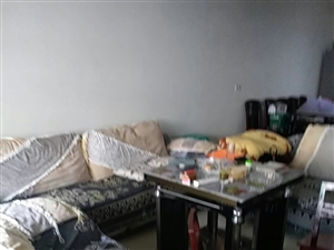 紫江花园3室2厅2卫48.8万元