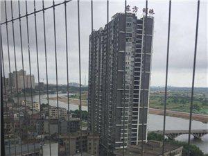 大玺门电梯江景4房2厅2卫99.8万元