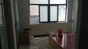新新开发区1室0厅1卫450元/月