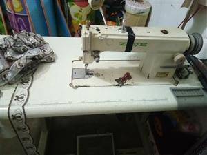 9成新的电动缝纫机,现在需要出售,便宜处理,一口价500,联系方式13994838365。非诚勿扰