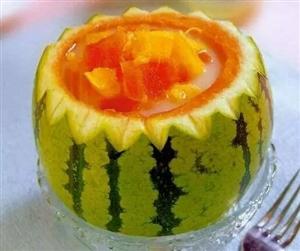 夏天到了,西瓜这样挑选得这样吃