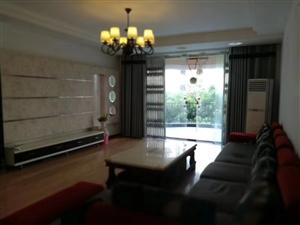 泸龙豪苑4室2厅2卫65万元