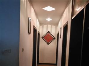 三中小区3室1厅1卫33.8万元