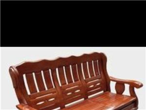 八九成新木沙发一套处理,放在家里没用过一年了,买来1600块