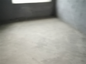 知行园4室2厅2卫62万元