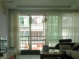 阳光花园3室2厅1卫1300元/月
