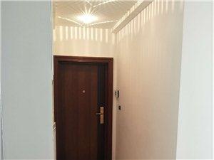 乾辰大厦3室1厅1卫76.8万元