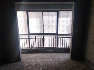 莱茵国际3室2厅2卫52万元