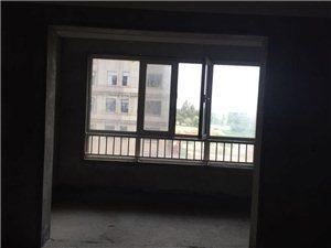 中成水岸绿洲3室2厅2卫67万元