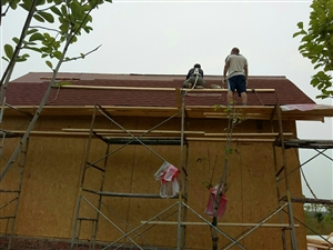 专业做防水承结各向大小防水工程,楼房,平房,瓦房,阳台,外墙漏水,电梯井,防潮防漏,并有专业防水队,