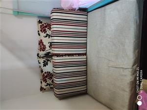 布艺折叠沙发床,尺寸115*190,限澳门星际平台本地交易,上门自提。