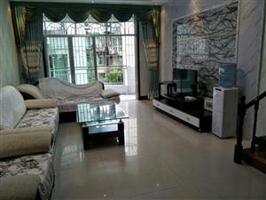 宏达雅苑3室2厅2卫75万元