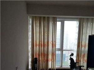 路�l�髁志G洲3室2�d2�l18000元/月