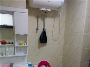 海逸广场1室0厅1卫只需1200元/月