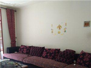 南一中教师宿舍3室2厅2卫1300元/月