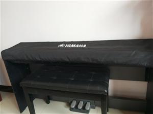 急售九成新,家用雅马哈重锤电钢琴出售,诚心需要的请联系。