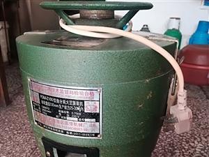 低价处理豆腐脑设施,包括大豆磨浆机、炉子、铝盆、长把勺子、没有用过的新碗、鼓风机等。设施只用过两个月...