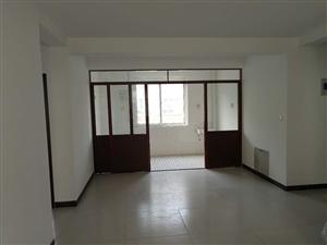 涌鑫花苑3室2厅1卫81万元