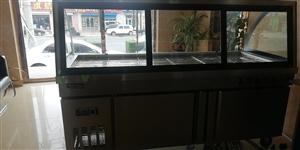 出售展示柜,长2米,宽80厘米,就用半个月,便宜出售,