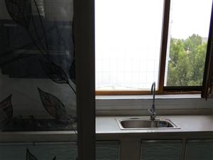 润城苑a2室2厅750元/月