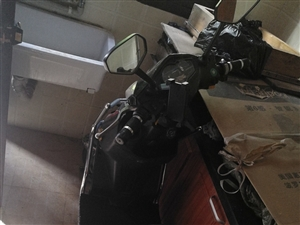 本人有电瓶车一辆,60v20an@7成新出售,静安寺附近需要电瓶车朋友可以可联系1500003243
