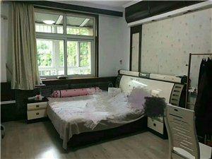 明珠花园3室2厅1卫1万元