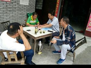 『我身边的扶贫典型』�D�D银洞山村包户干部刘涛