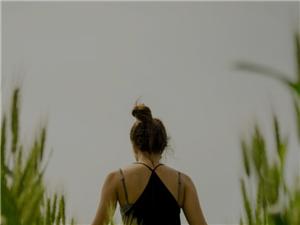 开启时尚健康生活,就来悠然瑜伽