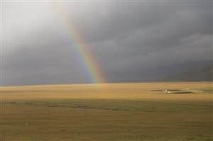 火车马户外新疆行从巴音布鲁克到库车。