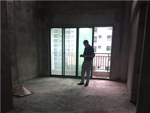 华地源泉景城3室2厅2卫106万元