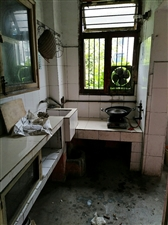 南山村价格实惠2室2厅1卫450元/月
