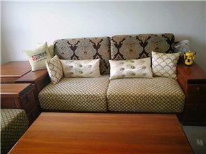 金丝檀木沙发,只在新家摆放,没用过,全新转