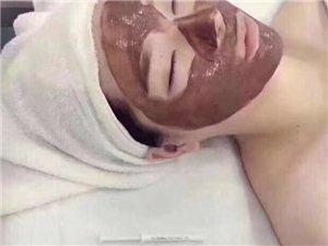 ????低价转让套盒?? 应工作变动现低价转让?? 韩国皮肤管理最火的焕肤套盒。激活皮肤活性细胞...