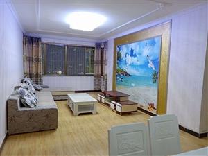 坝达市场精装2楼可按揭4室2厅1卫61.8万元