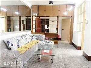 骨科医院附近3室1厅1卫800元/月