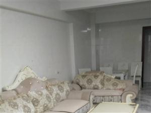 三远江滨花园 3室2厅2卫2000元/月