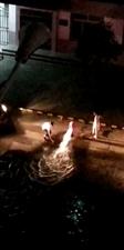 丽都小区国家电网门口消防栓损坏!