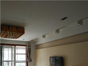 绿城西子精装修3室2厅1卫121平米115万元