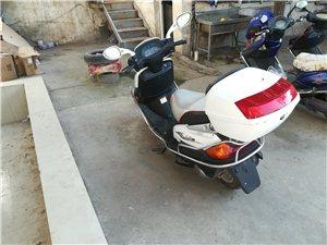 转让 去年买的豪爵悦星摩托车 因放在家里没人骑 准备卖掉 手续齐全 非诚勿扰 电话151375273...