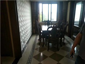 急售!急售!急售!�\和一品,套房出售160平米,三室二�d二�l,室�群廊A�b修。手�m�R全可按揭,�r�X合